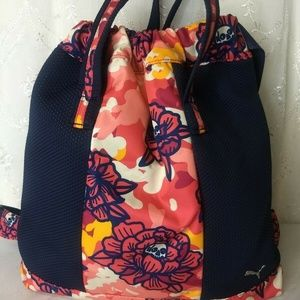 Puma Vaulted Carry Sack Navy/Bright Floral Skull